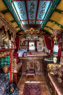 Click image for larger version  Name:gypsy_bed.jpg Views:38 Size:157.8 KB ID:331200