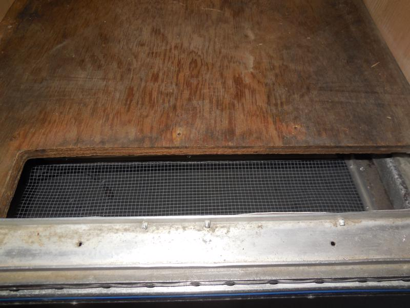 Click image for larger version  Name:1901 Galley Fridge Vent Top-800x600.JPG Views:35 Size:124.7 KB ID:331430