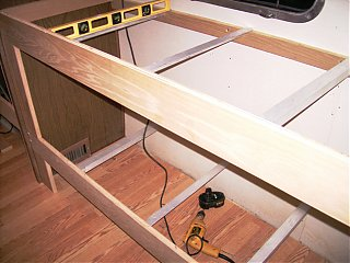 Click image for larger version  Name:bunkconstruct.jpg Views:105 Size:291.1 KB ID:33238