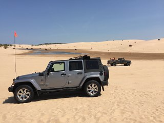 Click image for larger version  Name:Jeep At Silver Lake Dunes MI.jpg Views:85 Size:195.8 KB ID:333527
