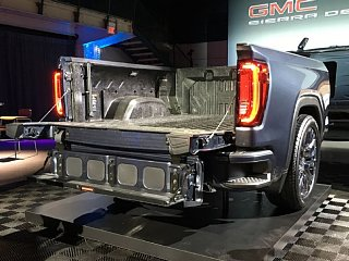 Click image for larger version  Name:2019-gmc-sierra-1500-exterior-live-multipro-tailgate-01.jpg Views:111 Size:68.0 KB ID:333786