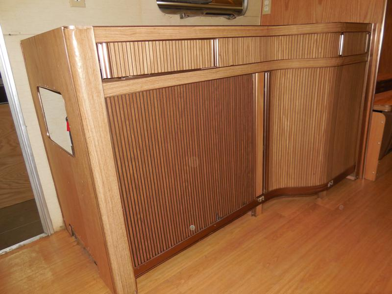 Click image for larger version  Name:1903 Galley Cabinet Tambour Shut-800x600.JPG Views:20 Size:122.3 KB ID:336091
