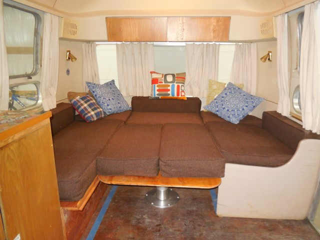 Click image for larger version  Name:1604 Dinette Done Bed (Small).jpg Views:26 Size:129.4 KB ID:336310