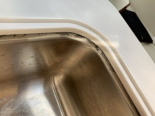 Click image for larger version  Name:Airstream Unglued Sink.jpg Views:150 Size:177.6 KB ID:339457