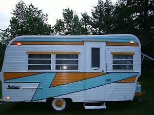 Name:  00bf82d8e26f4f026a4cf946fc637ed9--trailer-vintage-retro-trailers.jpeg Views: 130 Size:  20.6 KB