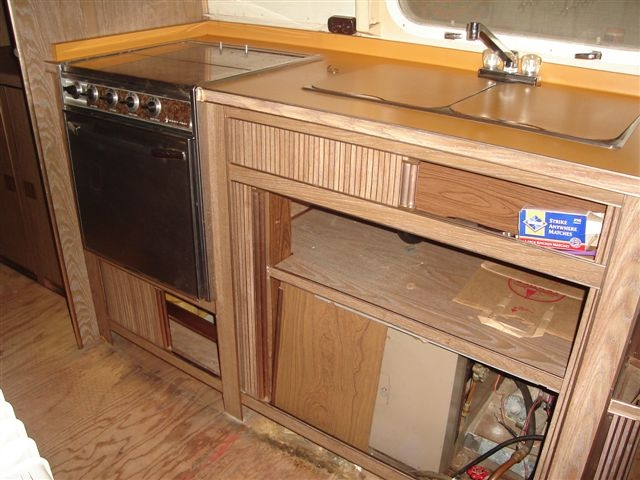 Click image for larger version  Name:Stove and sink before copy.JPG Views:55 Size:183.0 KB ID:34092