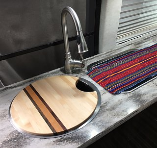 Click image for larger version  Name:Cutting Board in Place.jpg Views:22 Size:376.7 KB ID:341059