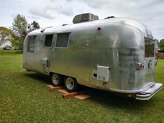Click image for larger version  Name:airstream_back.jpg Views:50 Size:322.9 KB ID:341258