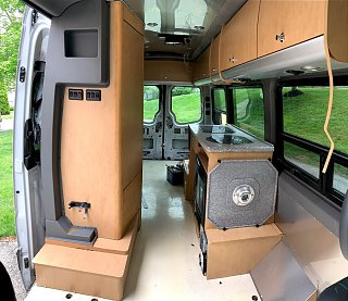 Click image for larger version  Name:Sprinter 10.jpg Views:20 Size:280.0 KB ID:341442
