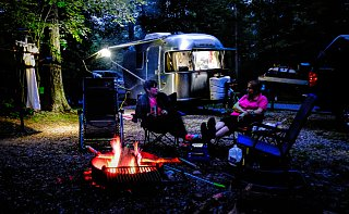 Click image for larger version  Name:AirstreamCampfire-1.jpg Views:59 Size:562.3 KB ID:342582