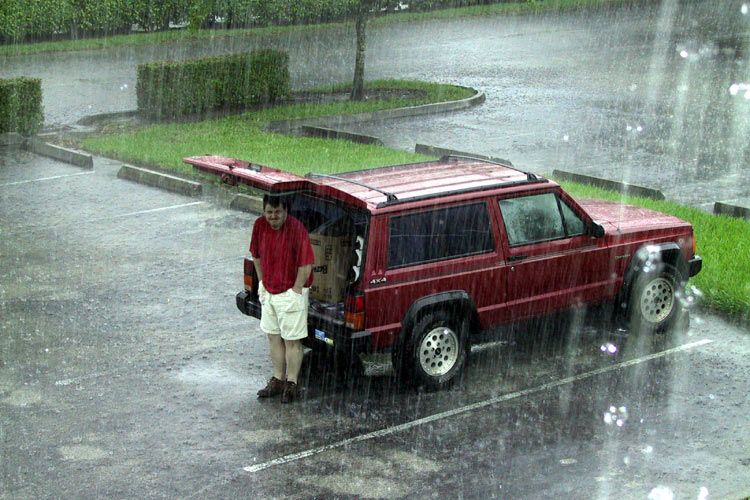 Click image for larger version  Name:RainJeep.jpg Views:73 Size:104.3 KB ID:34293