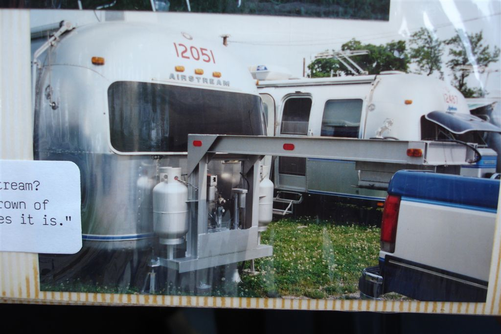 Click image for larger version  Name:Airstream 5th wheel.JPG Views:178 Size:109.3 KB ID:34300