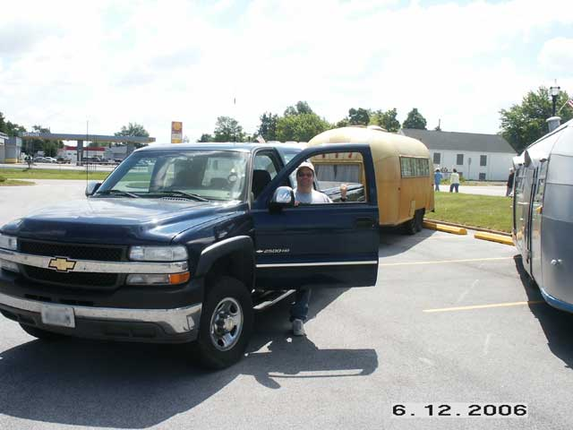 Click image for larger version  Name:Towing-Wallys-Trailer.jpg Views:67 Size:31.4 KB ID:34330