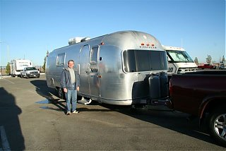 Click image for larger version  Name:1---Airstream in Lancaster, CA 001.jpg Views:98 Size:43.9 KB ID:34337