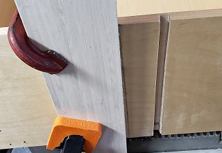 Click image for larger version  Name:Router jig.jpg Views:22 Size:210.1 KB ID:348138