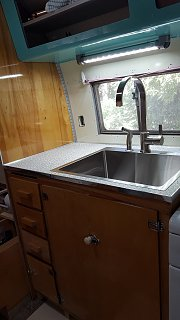 Click image for larger version  Name:sink cab with new light under wall cab.jpg Views:11 Size:205.3 KB ID:348306