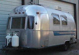 Click image for larger version  Name:airstream.jpg Views:270 Size:43.6 KB ID:3501