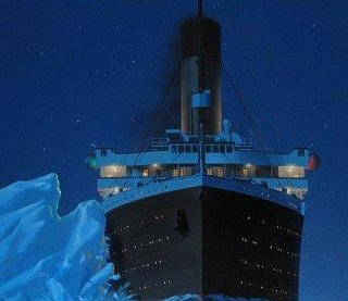 Click image for larger version  Name:titanic berg final.jpg Views:19 Size:19.1 KB ID:350468