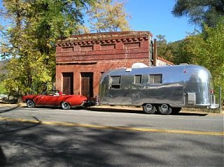 Click image for larger version  Name:Vintage Trailer Rally Oct.20-22 052.jpg Views:66 Size:35.7 KB ID:35174