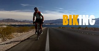 Click image for larger version  Name:Racing in Lake Mead.jpg Views:25 Size:105.1 KB ID:351855
