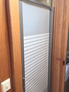 Click image for larger version  Name:shower door (2).JPG Views:17 Size:78.6 KB ID:352552