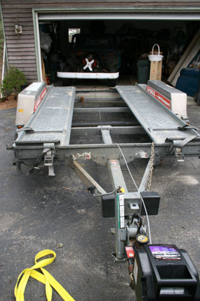 Click image for larger version  Name:02 lining up trailer to garage.jpg Views:63 Size:56.3 KB ID:35388