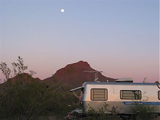 Click image for larger version  Name:2007 April Fool's Airstream Rally 034.jpg Views:116 Size:31.4 KB ID:35432