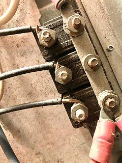 Click image for larger version  Name:1967 Overlander 12V circuit breaker.jpg Views:5 Size:315.8 KB ID:354465