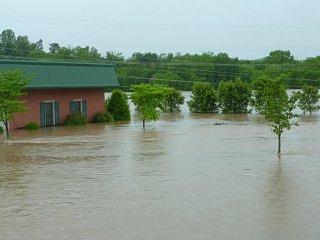 Click image for larger version  Name:Nashville Flood 1.jpg Views:16 Size:141.1 KB ID:356443