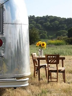 Click image for larger version  Name:airstream 4-07 114.JPG Views:80 Size:151.3 KB ID:35702