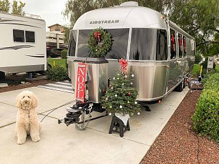 Click image for larger version  Name:TT Christmas Trailer-01.jpg Views:42 Size:322.9 KB ID:357096