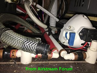 Click image for larger version  Name:Airstream Water Pump Filter removal.jpg Views:11 Size:367.9 KB ID:357530