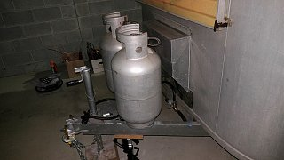 Click image for larger version  Name:Aluminum LP Tanks Installed.jpg Views:21 Size:202.7 KB ID:358348