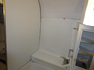 Click image for larger version  Name:2002 Bath FRP Wall Glued-800x600.jpg Views:20 Size:34.3 KB ID:361157