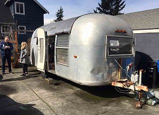 Click image for larger version  Name:1965 airstream-1.jpg Views:38 Size:71.1 KB ID:363104