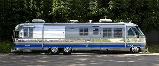 Click image for larger version  Name:airstream_350le_class_a_motorhome2.jpg Views:46 Size:272.7 KB ID:363413