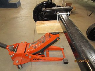 Click image for larger version  Name:2003 Axle Lift Front-800x600.jpg Views:4 Size:65.1 KB ID:363963