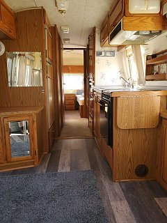 Click image for larger version  Name:Airstream interior.jpg Views:15 Size:273.8 KB ID:364321