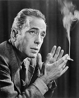 Click image for larger version  Name:Humphrey_Bogart_by_Karsh_%28Library_and_Archives_Canada%29.jpg Views:118 Size:40.1 KB ID:36726