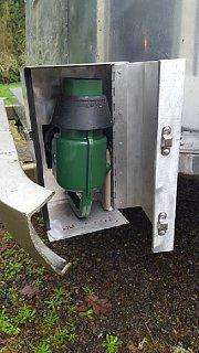 Click image for larger version  Name:Sewer Hose Door.jpg Views:14 Size:175.4 KB ID:367268