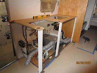 Click image for larger version  Name:2005 Galley Countertop Supports-800x600.jpg Views:23 Size:64.5 KB ID:367404