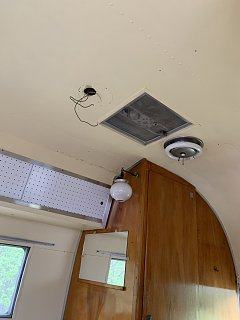 Click image for larger version  Name:front vent lights.jpg Views:19 Size:156.4 KB ID:367488