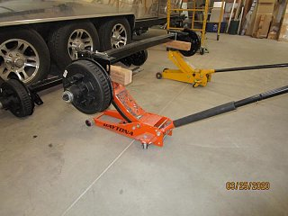 Click image for larger version  Name:2003 Axle Lift Together-800x600.jpg Views:3 Size:62.6 KB ID:368661