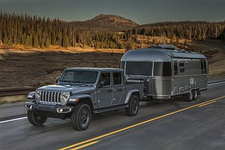 Click image for larger version  Name:Jeep with AirStream.jpg Views:14 Size:665.1 KB ID:369289