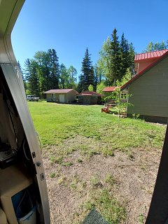 Click image for larger version  Name:airstream pic at cabin.jpg Views:20 Size:498.5 KB ID:369449