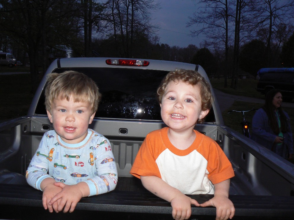 Click image for larger version  Name:Lou and Luke.JPG Views:50 Size:181.2 KB ID:37110