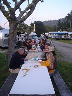 Click image for larger version  Name:Potluck.jpg Views:73 Size:57.4 KB ID:37164