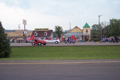 Click image for larger version  Name:Shriners Parade 1.jpg Views:65 Size:118.2 KB ID:37237