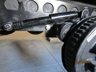 Click image for larger version  Name:2005 Axle Shock Clearance-800x600.jpg Views:30 Size:76.2 KB ID:374402