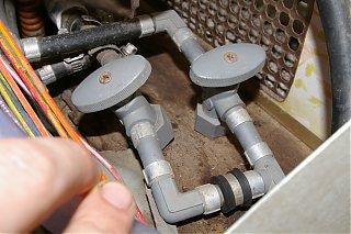 Click image for larger version  Name:valves.jpg Views:130 Size:328.1 KB ID:37778